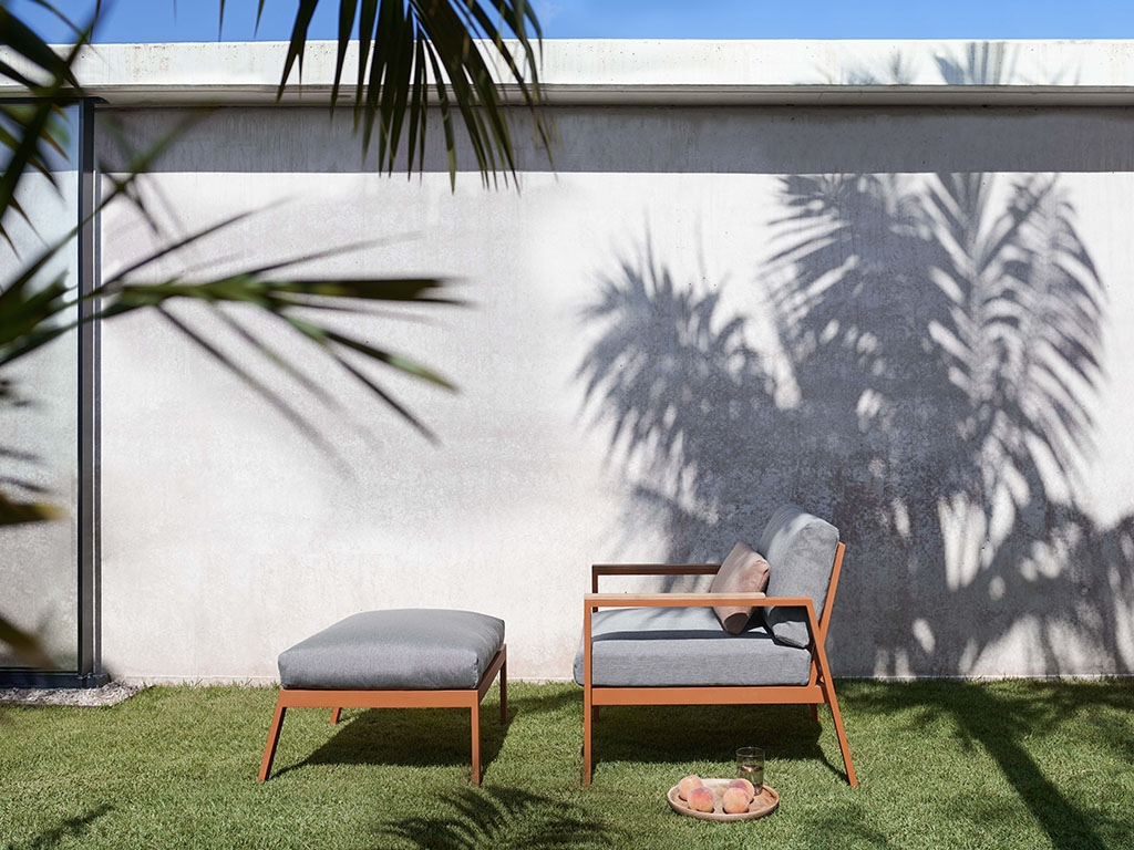 Timeless Lounge Chair