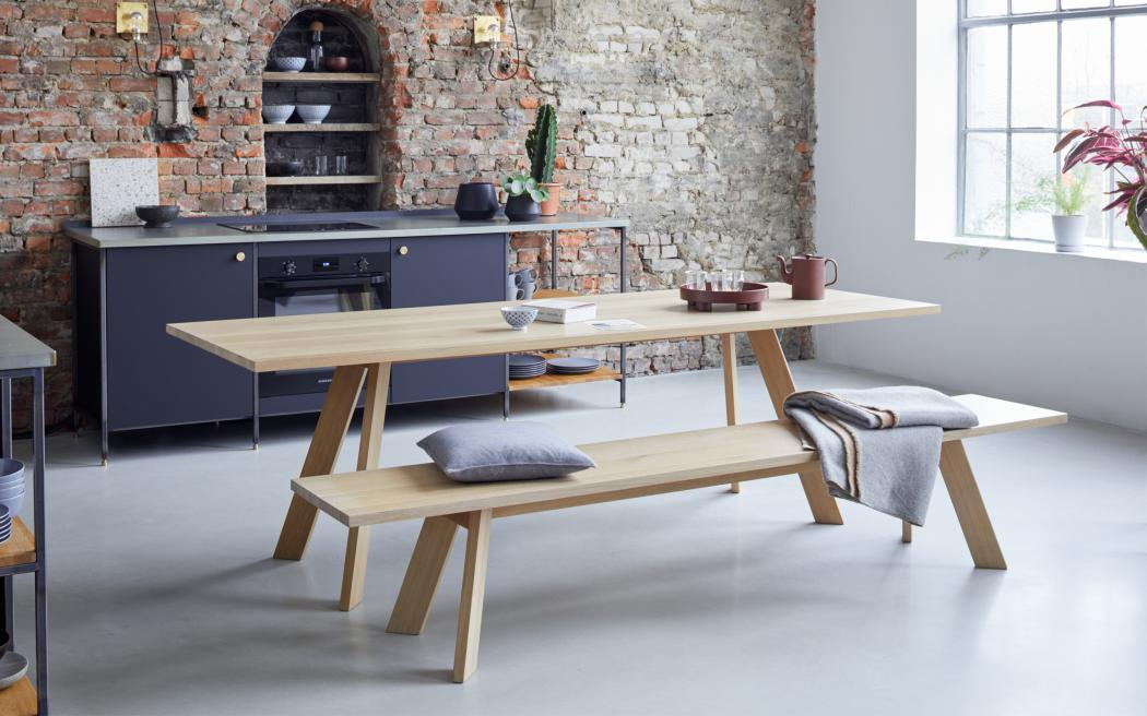 TOSH TABLE