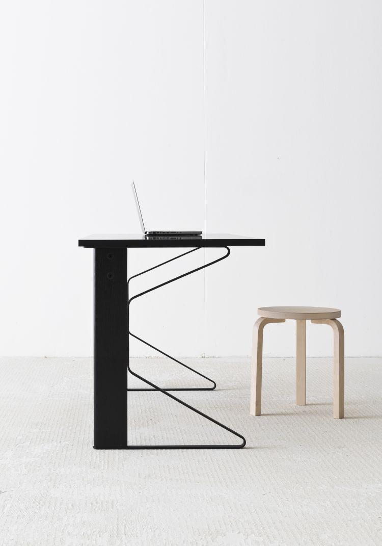 Kaari Desk